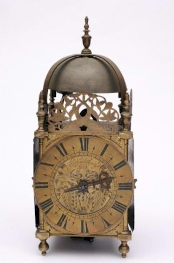 A lantern clock signed 'Richard Tracy fecit' (FS18/772) attracted considerable pre-sale attention and eventually succumbed to a bid of £3,200, in the