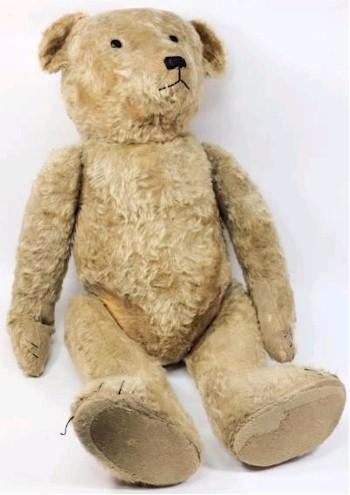 An Early 20th Century Steiff Blonde Plush Bear 'Big Ted' (SC19/858) is being offered