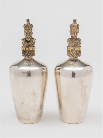 A pair of Stuart Devlin scent bottles (FS26/92), sold for £420.