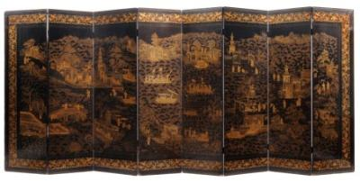 Sale FS18; Lot: 0869: An early 19th Century Chinese export lacquer eight fold screen, decorated in gilt with a continuous scene of figures in pagoda garden landscapes and lake and mountain landscapes with figures in boats and on bridges within a wide geometric border with birds, flowers and foliage bordered with lines, the reverse panels with birds amidst flowering and fruiting trees, each panel 199cm (6ft 6 1/4in) x 55cm (1ft 9 3/4in).