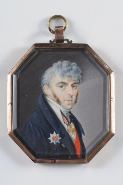 Russian School 19th Century - Miniature portrait of an officer - bust-length with curling powdered hair wearing a Star for the Order of St Vladimir and the Order of Saint Anne on ivory, octagonal, 6.4 x 55cm.